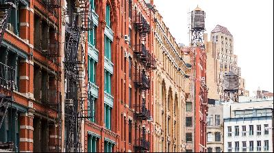 New York's property market slows