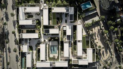 Reinventing a modernist city of villas in Madrid