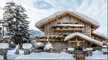 Five of the world's best homes for sale with festive cheer