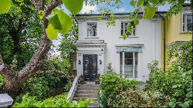 Five of the world's best homes for sale with period features