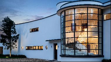 The gem of a Modernist home reinvented for today's luxury market