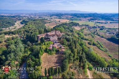 Tuscany - PISA: ESTATE WITH CASTLE, HAMLET AND 110 HECTARES OF LAND FOR SALE