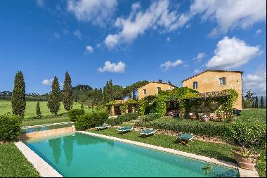 Podere Federico, a marvelous luxury mansion in the Tuscan countryside