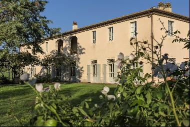 Podere Elisabetta, a resplendent estate in the Tuscan countryside
