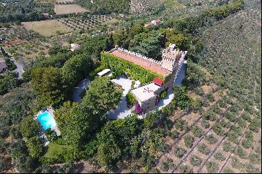 Castello dei Lorena, a magnificent and historical castle in the heart of Tuscany