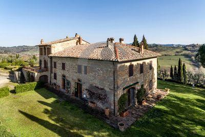 Ref. 5449 Marvelous panoramic farmhouse with land and swimming pool - Montespertoli