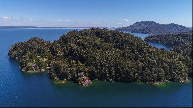 Exclusive Island with Lodge in the Wonderful Lake Puyehue