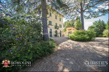 Umbria - LIBERTY STYLE VILLA WITH POOL FOR SALE IN UMBERTIDE
