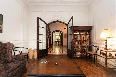 MAGNIFICENT HOUSE IN BARRIO PARQUE