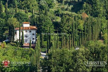 Tuscany - HISTORIC MANSION WITH 33 HECTARES FOR SALE IN VALDARNO