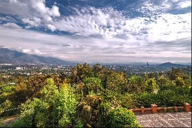 Stunning Views from Exceptional European Style Villa in Lo Curro