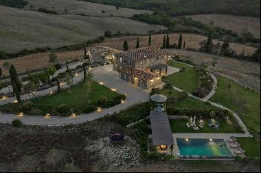 Podere Capannelle, a beautiful farmhouse complex in Val d'Orcia