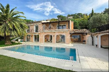 Cannes - Villa in a quiet area with sea view