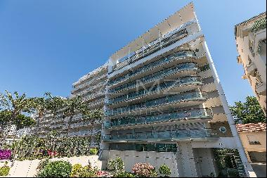 Cannes - Croisette - Appartment with sea view