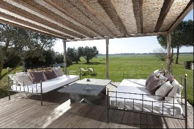Casa Beachwood, lovely country beach villa immersed in nature