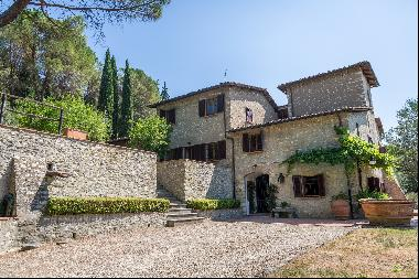 Wonderful farmhouse in the countryside near Florence