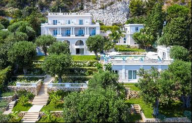 Stunning Belle Epoque Mansion house on the footsteps to Monaco