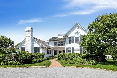 Located on a secluded site, this nine-bedroom, seven-bath Beach House has a well designed