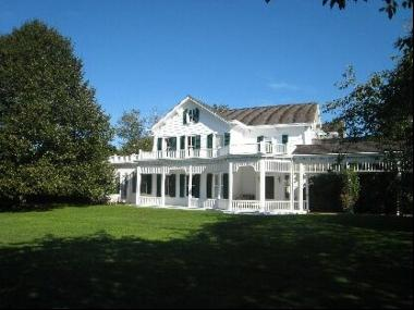 Wonderful, renovated classic Southampton house. It offers five bedrooms and seven and one