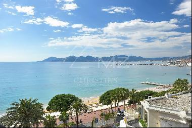 Cannes - Croisette - Apartment with a sea view