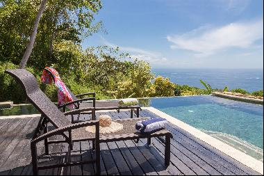 Oasis Home with Stunning Views, Dominical