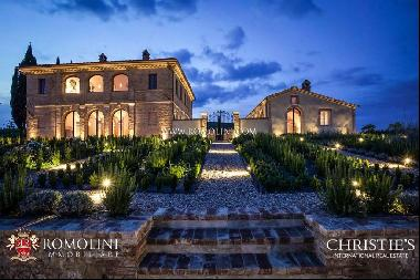 Tuscany - LUXURY VILLA FOR SALE IN BUONCONVENTO, VAL D'ORCIA