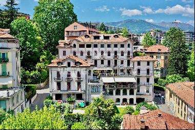 Apartment in the historic center of Lugano with wonderful lake view for sale