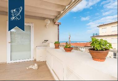 Luxury apartment with  view of the sea in Versilia