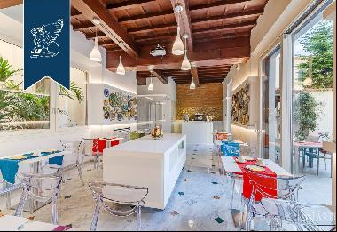 Luxurious modern-style hotel for sale in Florence