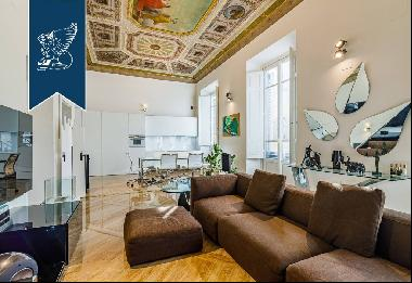 Luxury apartment with parking space for sale in Florence
