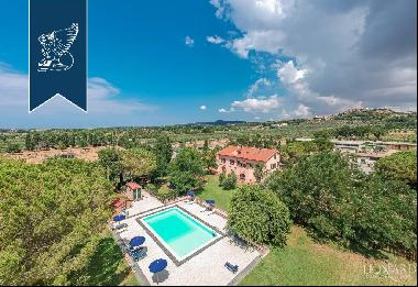 Luxury property with well-equipped swimming pool for sale in Rosignano Marittimo