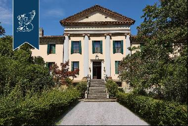 Stunning property in a renowned spa town near Padua