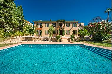Elegant and historic property for sale in the heart of Cannes