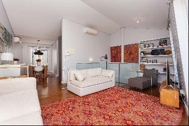 Fabulous bedroom villa, with a terrace that provides a view over the city.The villa was d