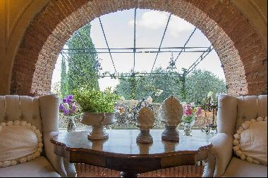 Romantic luxury Villa on the hills of Lucca