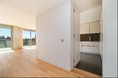 2 bedroom apartment, with balcony, parking space for two cars and a storage area, inserte