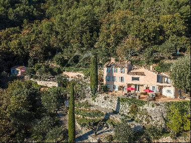 Cannes Back country - Exceptional Bastide with panoramic sea view