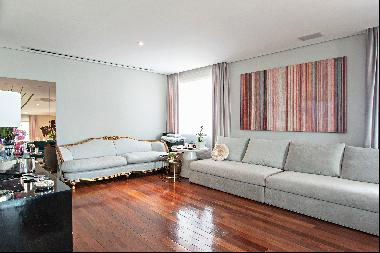 Renovated apartment overlooking the Ibirapuera Park