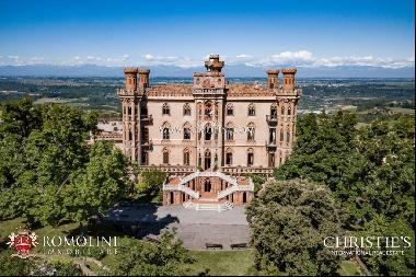 Piedmont - SPECTACULAR NEOGOTHIC CASTLE FOR SALE IN THE LANGHE