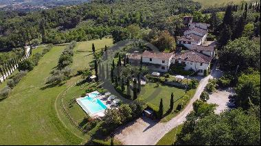 Ref. 5299 Winery with farmhouse and manor house near Florence
