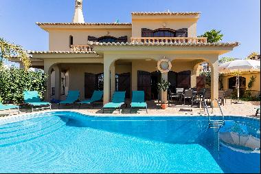 Detached house, 4 bedrooms, for Sale