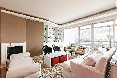 Duplex penthouse in a building with club leisure