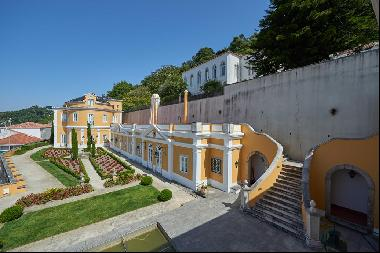 Beautiful renovated 10 bedroom palace in Sintra