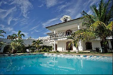 Classic house in a coveted gated community