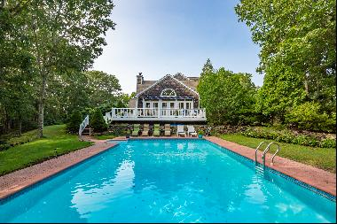 6 bed/4.5 bath Noyac, Sag Harbor