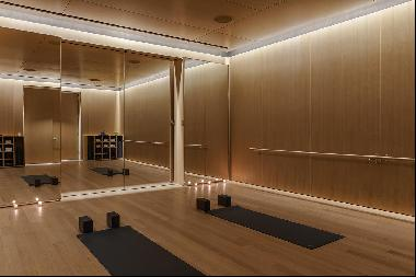 A coveted gem within 53 West 53, Residence 17E comprises 1,550 square feet, offering one b