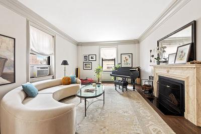 205 West 89th Street, Unit 8H