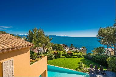 Impressive 6-bedroom villa for sale on Cap d'Antibes with beautiful sea views and a short