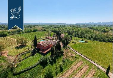 Prestigious farmstead with 50 hectares of cultivated grounds in Arezzo's stunning countrys
