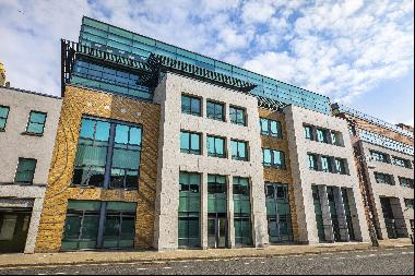 Block 5 Harcourt Centre forms part of the highly successful Harcourt Centre Development in